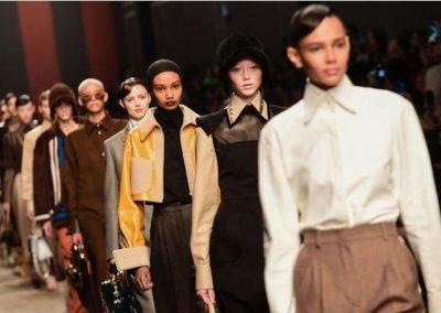 fendi-en-forme-d-hommage-a-Lagerfeld